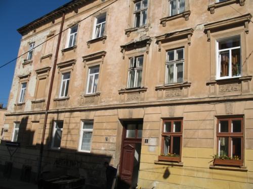 Вулиця Насипна