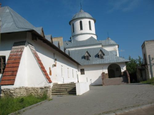 Городок: Костел Францисканів